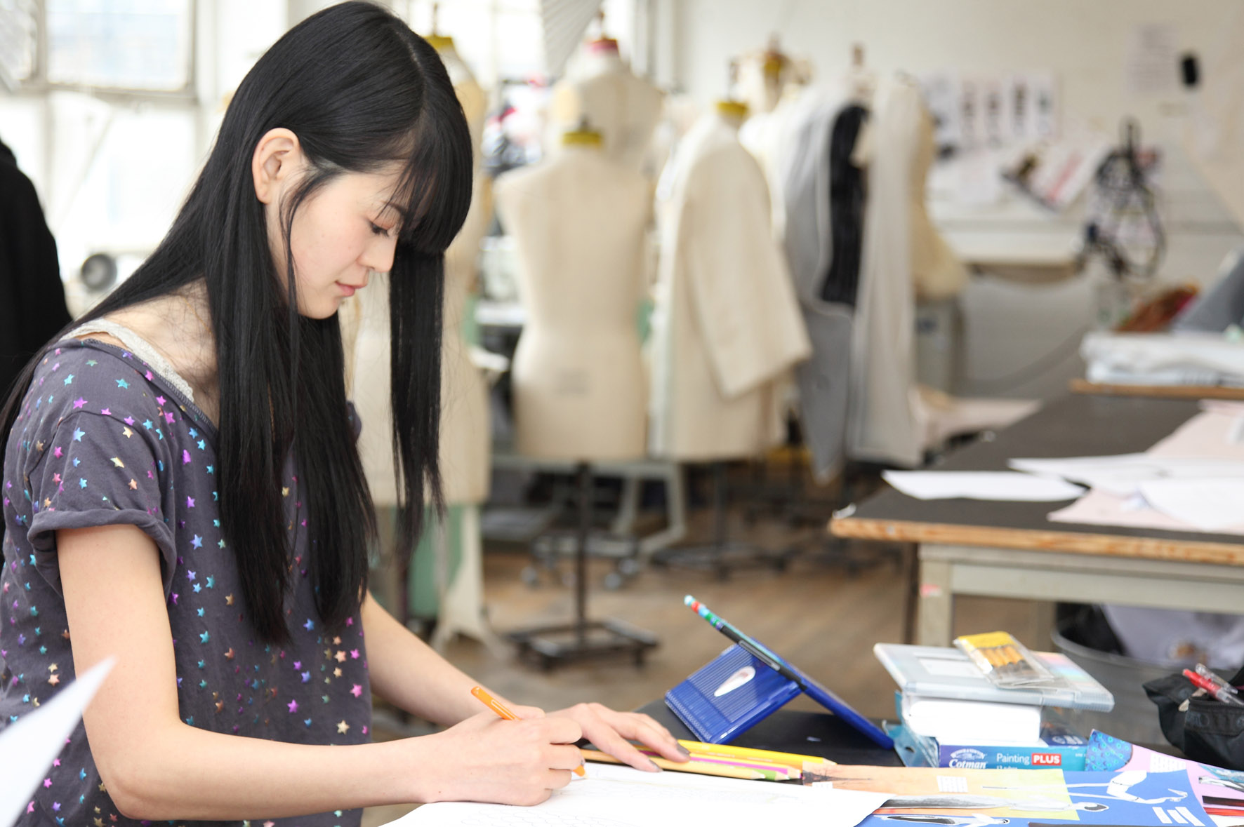 Fashion design colleges in england 95